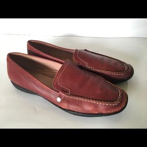 Coach Daisy Womens Size 9.5M Burgundy loafers